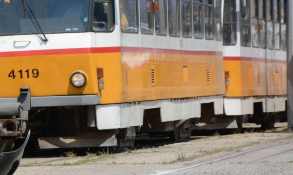 Трамваи № 3, 4 и 18 със скъсен маршрут заради авария