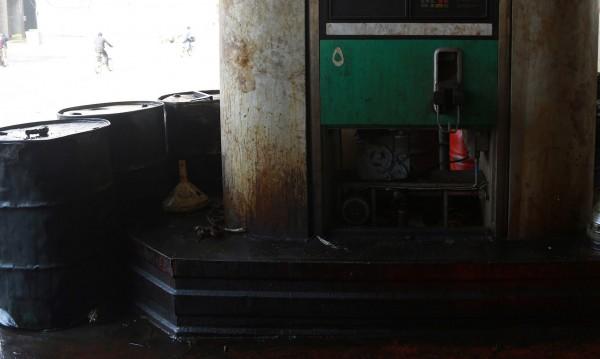 Приходите на Ислямска държава от петрол намалели с 90%