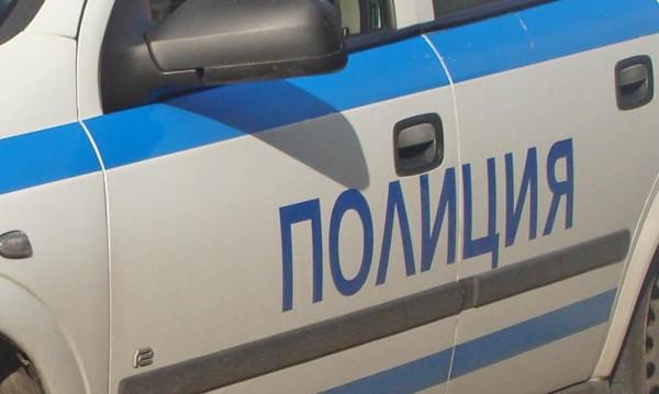 """Шофьор се заби в камион, извършващ ремонт на """"Тракия"""""""