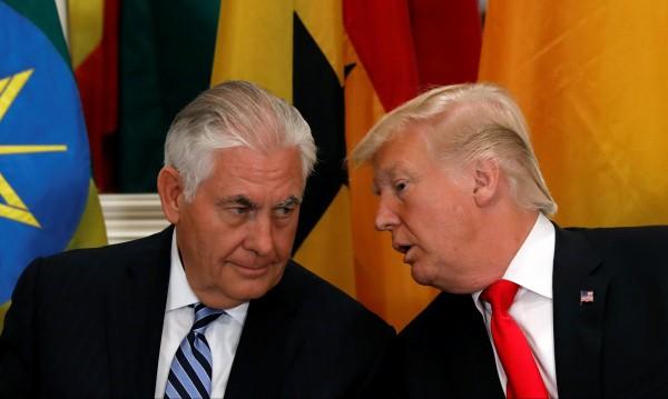 """Тръмп и Тилърсън – """"лошото и доброто ченге"""" с КНДР"""