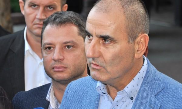 """След """"Кумгейт"""": Делян Добрев хвърли оставка!"""