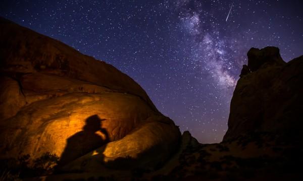 Паднали в топли води метеорити – донесли живота на Земята