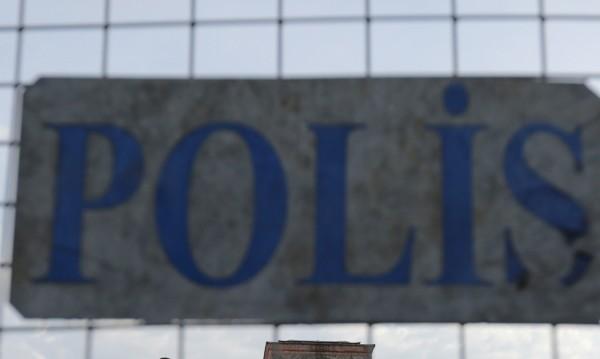 Хванаха българин в Турция, внасял крадени коли от Европа