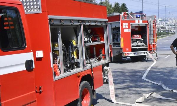 Отново: Пожар пламна в тютюнев склад в Пловдив