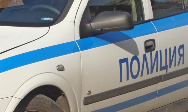 Издирват шофьор, блъснал дете във Варна и избягал
