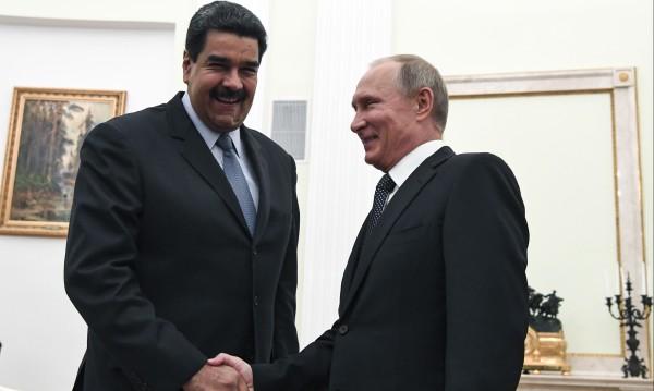 Русия спасява Венецуела от потъване