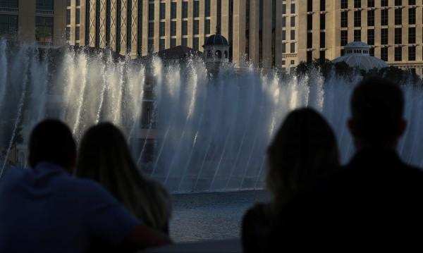 Стрелба, пролята кръв.... и купонът в Лас Вегас отново тече