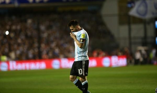 Аржентина и Меси ще гледат световното по телевизията?