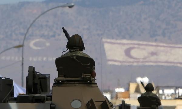 Турската армия подкрепи бунтовниците в провинция Идлиб