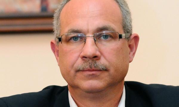 Антон Тодоров хвърли оставка, не иска да бъде етикет