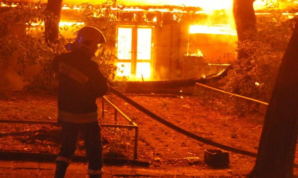 Склад горя във Видин, няма пострадали