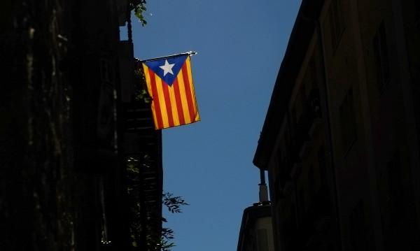 Мадрид: Негласното обявяване на независимост е недопустимо!