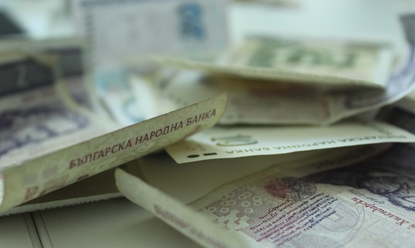 НОИ: Средният осигурителен доход за август е 804,44 лв.