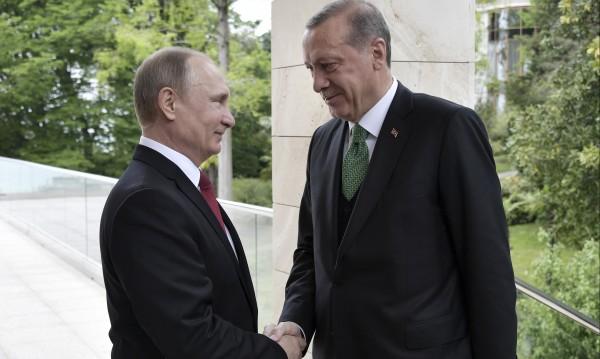Приятели на инат – Владимир Путин и Реджеп Ердоган