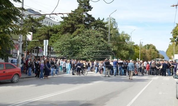 Пак протест във Враца, нямало яснота какво става с болницата