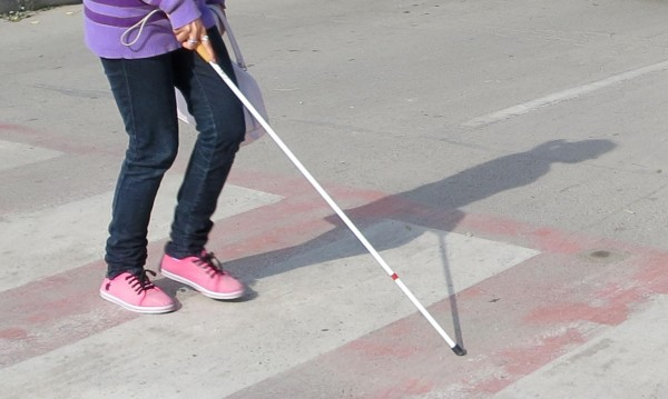Градската среда в София все още не е достъпна за незрящите