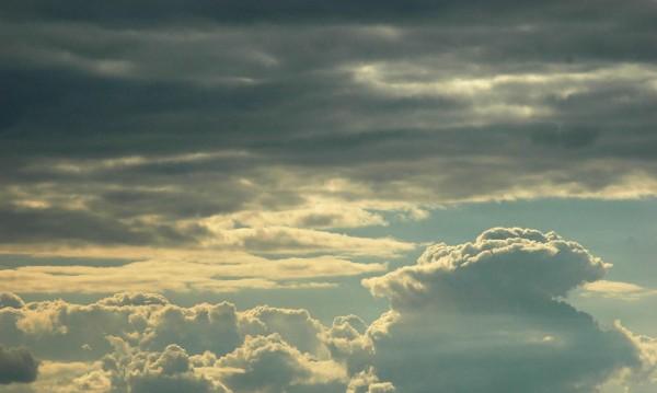 Облачността се увеличава, утре на места ще превали