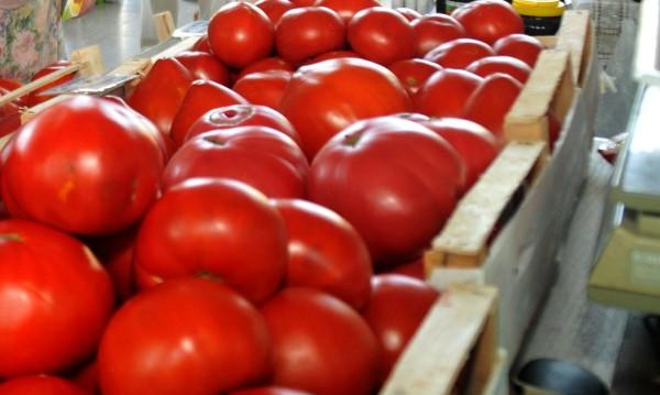 Есента дойде – доматите и краставиците поскъпват