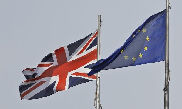 Блокира ли британският парламент Brexit без споразумение?