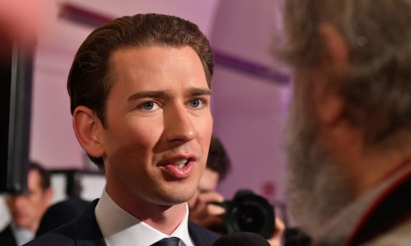 Консерваторът Курц обещава нова политика в Австрия