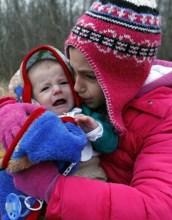 Плач при бебето - кои са най-честите причини?