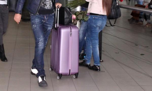 Какво забравяме по летищата? Телефони, таблети, пари...