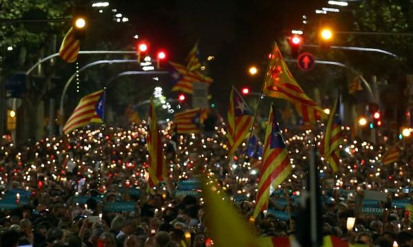Испания може да загуби €12 млрд. заради каталунската криза