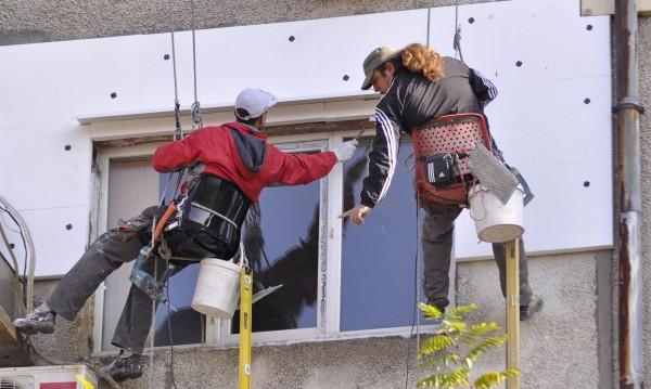 В цялата страна: 782 жилищни сгради - вече санирани