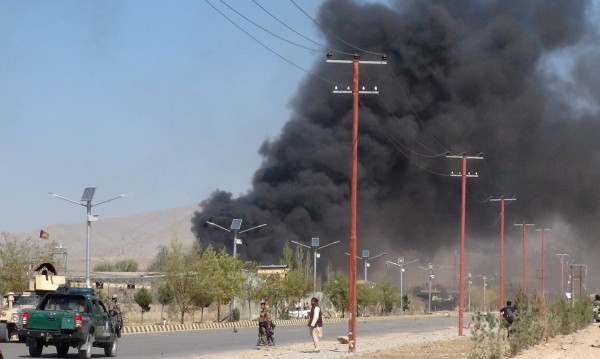 Два самоубийствени атентата в Афганистан взеха над 40 жертви