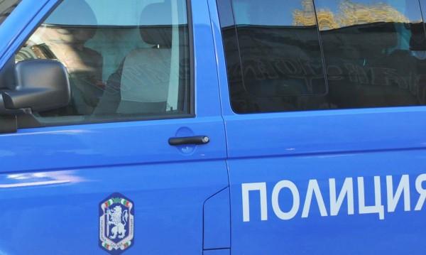Мъж загина след сблъсък на кола и камион в Пловдивско
