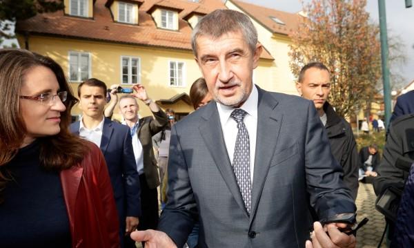 Чешки министър плаши с Чехзит