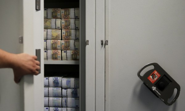 Богатството на българите расте! Трупат във влогове и скъпи имоти