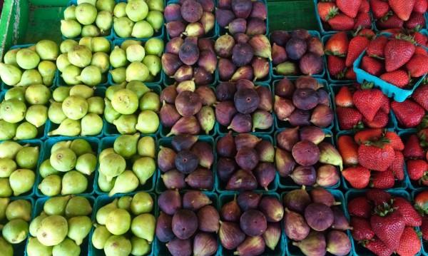 Химикали по плодовете!? Решението – мийте ги със сода