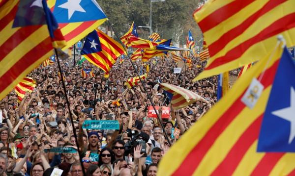 Решено! Парламентът в Каталуния обяви независимост от Испания