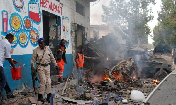 23 убити и 30 ранени при атака срещу хотел в Сомалия