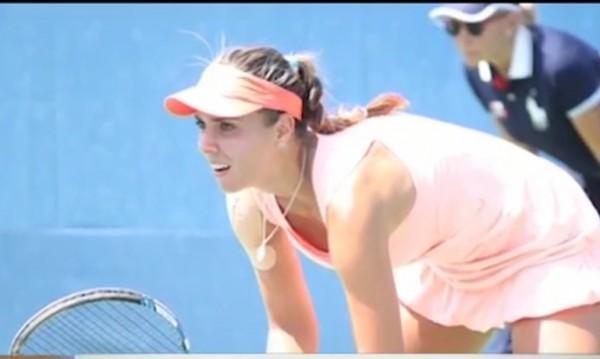 Новата № 1 в женския ни тенис: Коя е Вики Томова и как стигна дотук?