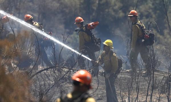Големи пожари бушуват в Италия