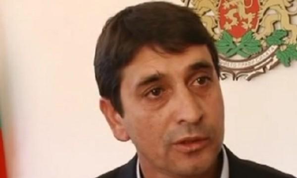 Обвинен за сводничество в Испания пак стана кмет у нас