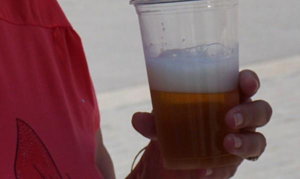 Пием по-малко бира, причината – лошото време!