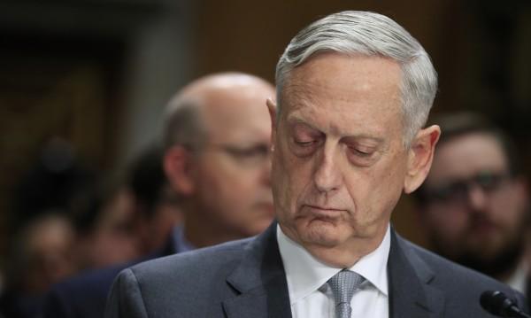 Шефът на Пентагона: Терористите се държат като рок-групи!