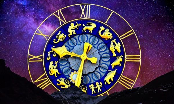 Само за жени! Месечен хороскоп за ноември 2017-а