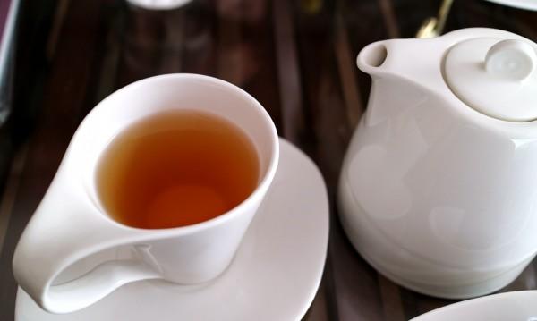 Чай от ройбос - при високо кръвно и за здрави кости