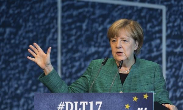 Меркел пак е най-влиятелната жена в света