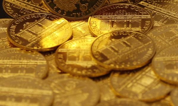 Спипаха 2 кг злато, сърбин ги кътал в скрити джобове