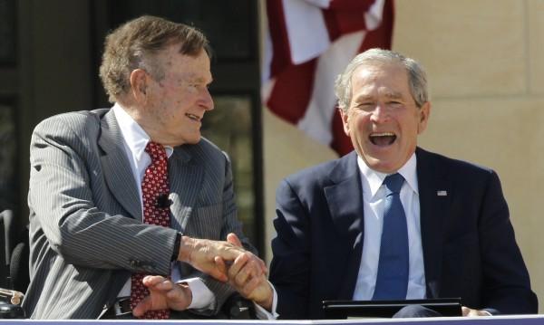 За кого гласуват баща и син Буш? Не и за Тръмп!