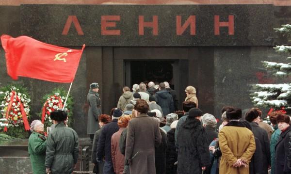 Тялото на Ленин - на Червения площад ли му е мястото?