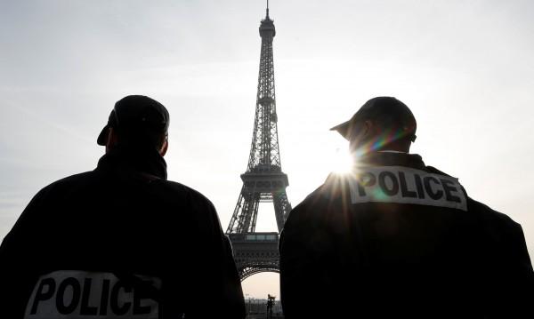 Десет задържани във Франция и Швейцария за тероризъм