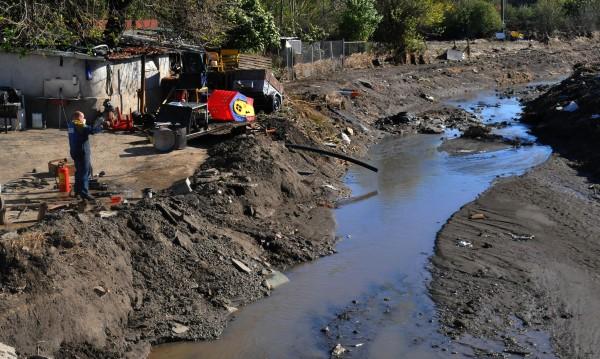 Щедрите ГЕРБаджии дават 100 000 лв. на две потопени общини