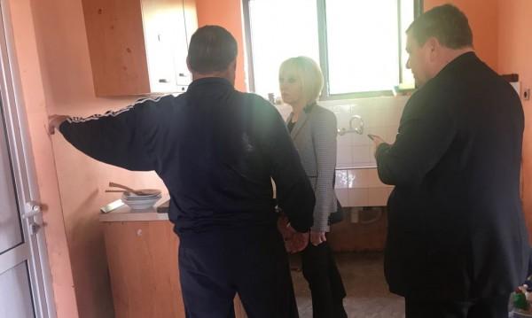 ОмбудсМая: Да опростят сметките за ток на пострадалите в Камено!