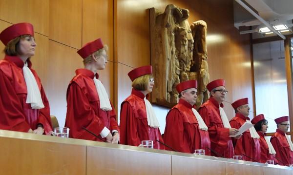 """Германското правосъдие: Да се легализира """"третият пол""""!"""